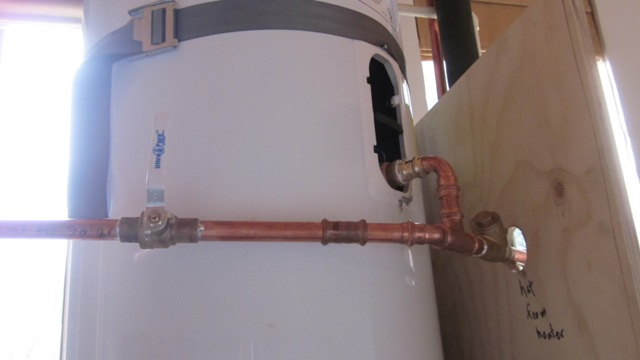 Details Of Plumbing For A Thermosiphon Hot Water System